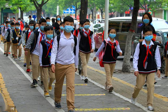 15天3例学生戴口罩跑步猝死事件!医生:戴口罩剧烈运动可致猝死