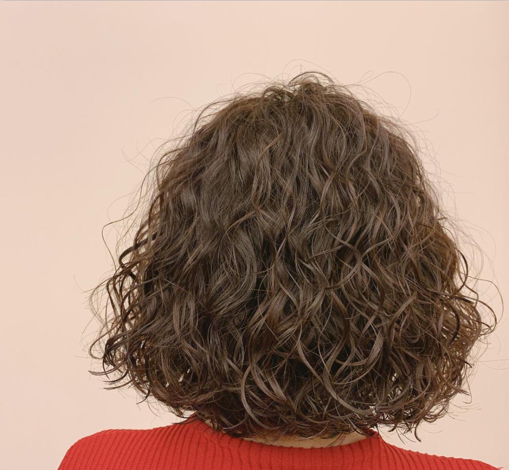 越烫越时尚发型20款,蓬松瘦脸真洋气,有你同款吗